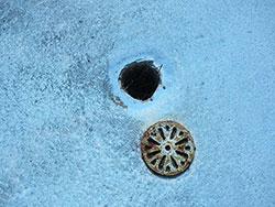 ベランダの樋の詰まりを除去しました