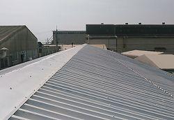 屋根ガイナ塗装工事