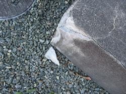 コンクリートの簡易補修を行いました