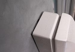 玄関ドアのガタつきの補修