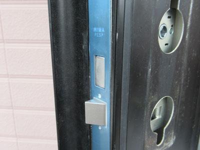 玄関ドアのシリンダー交換を行いました